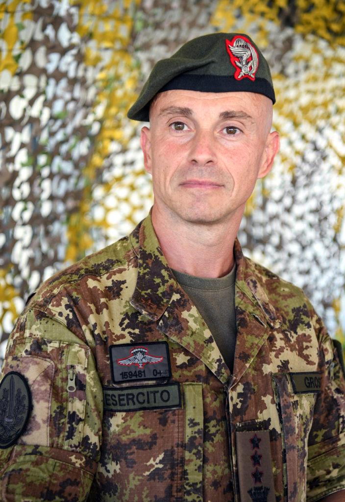 "Col. Y. Grossi - Comandante del 9° Reggimento d'Assalto Par. ""Col Moschin"""